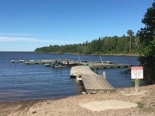 Photo 2: 43 Pelican Inlet Road: Manigotagan Residential for sale (R28)  : MLS®# 1914839