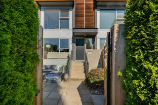 Photo 4: 1432 ARBUTUS STREET in Vancouver: Kitsilano Townhouse for sale (Vancouver West)  : MLS®# R2602268