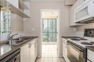 """Photo 10: 1204 939 HOMER Street in Vancouver: Yaletown Condo for sale in """"THE PINNACLE"""" (Vancouver West)  : MLS®# R2204695"""