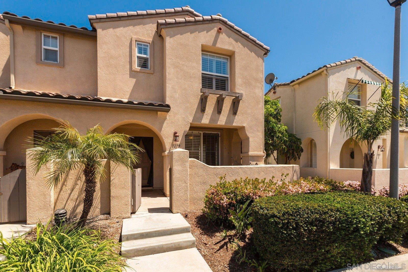 Main Photo: CHULA VISTA Townhouse for sale : 3 bedrooms : 1279 Gorge Run Way #2