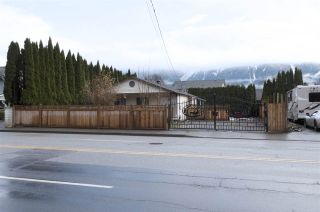 Photo 1: 1618 AGASSIZ-ROSEDALE NO 9 Highway: Agassiz House for sale : MLS®# R2526322
