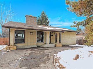 Photo 1: 126 OAKMOOR Place SW in Calgary: Oakridge House for sale : MLS®# C4101337