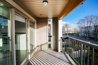 """Photo 5: 204 21009 56 Avenue in Langley: Salmon River Condo for sale in """"CORNERSTONE"""" : MLS®# R2343455"""