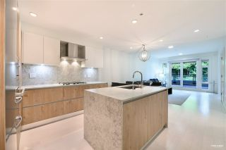 """Photo 7: 201 522 15TH Street in West Vancouver: Ambleside Condo for sale in """"Ambleside Citizen"""" : MLS®# R2585639"""