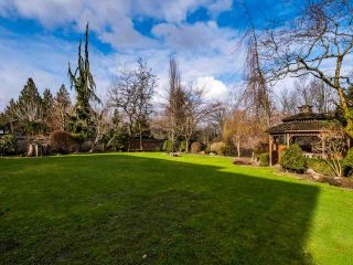 Photo 21: 20923 YEOMANS Crescent in Langley: Walnut Grove House for sale : MLS®# R2433909