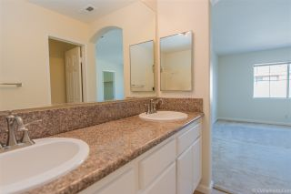 Photo 13: CHULA VISTA House for sale : 3 bedrooms : 940 Caminito Estrella