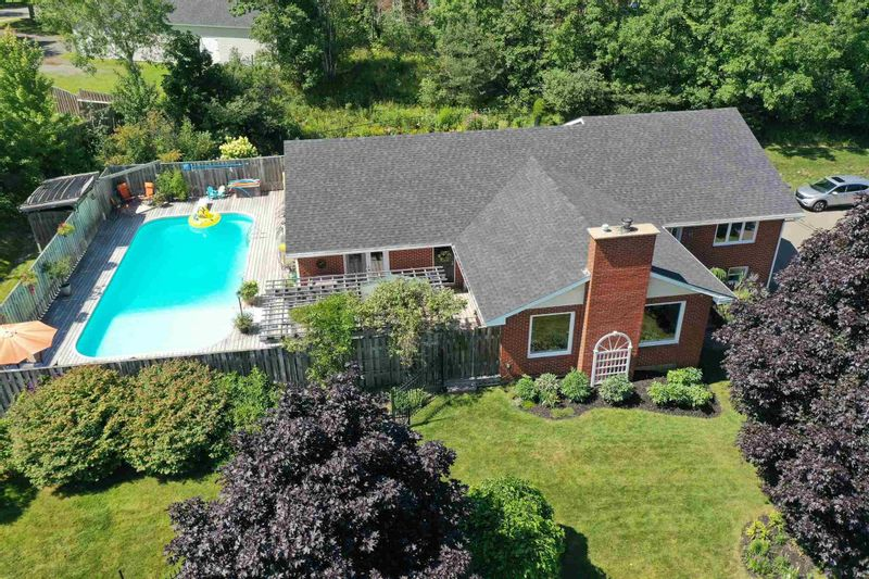 FEATURED LISTING: 17 Yorkshire Court New Glasgow