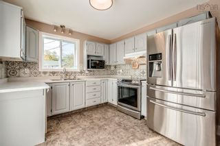 Photo 7: 17 Governors Lake Drive in Timberlea: 40-Timberlea, Prospect, St. Margaret`S Bay Residential for sale (Halifax-Dartmouth)  : MLS®# 202125717
