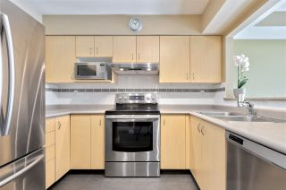"""Photo 4: 13 123 SEVENTH Street in New Westminster: Uptown NW Townhouse for sale in """"ROYAL CITY TERRACE"""" : MLS®# R2510139"""