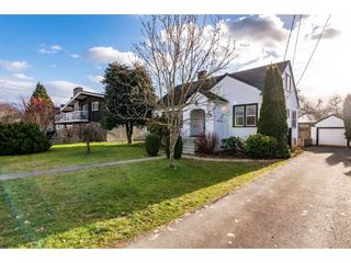 Photo 2: 46270 MAPLE Avenue in Chilliwack: Chilliwack E Young-Yale House for sale : MLS®# R2528187