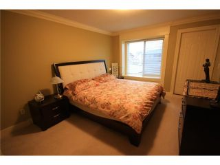 Photo 10: 920 SPERLING Avenue in Burnaby: Sperling-Duthie 1/2 Duplex for sale (Burnaby North)  : MLS®# V859901