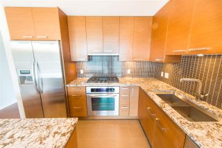 """Photo 7: 1003 6188 WILSON Avenue in Burnaby: Metrotown Condo for sale in """"Jewels 1"""" (Burnaby South)  : MLS®# R2314151"""