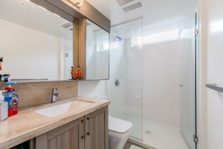 """Photo 11: 305 5470 ORMIDALE Street in Vancouver: Collingwood VE Condo for sale in """"WALL CENTRE CENTRAL PARK"""" (Vancouver East)  : MLS®# R2555276"""