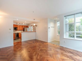 Photo 4: 106 665 W 7TH AVENUE in Vancouver: Fairview VW Condo for sale (Vancouver West)  : MLS®# R2610766