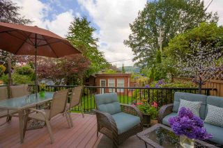 Photo 1: 2804 ST GEORGE Street in Port Moody: Port Moody Centre 1/2 Duplex for sale : MLS®# R2092284
