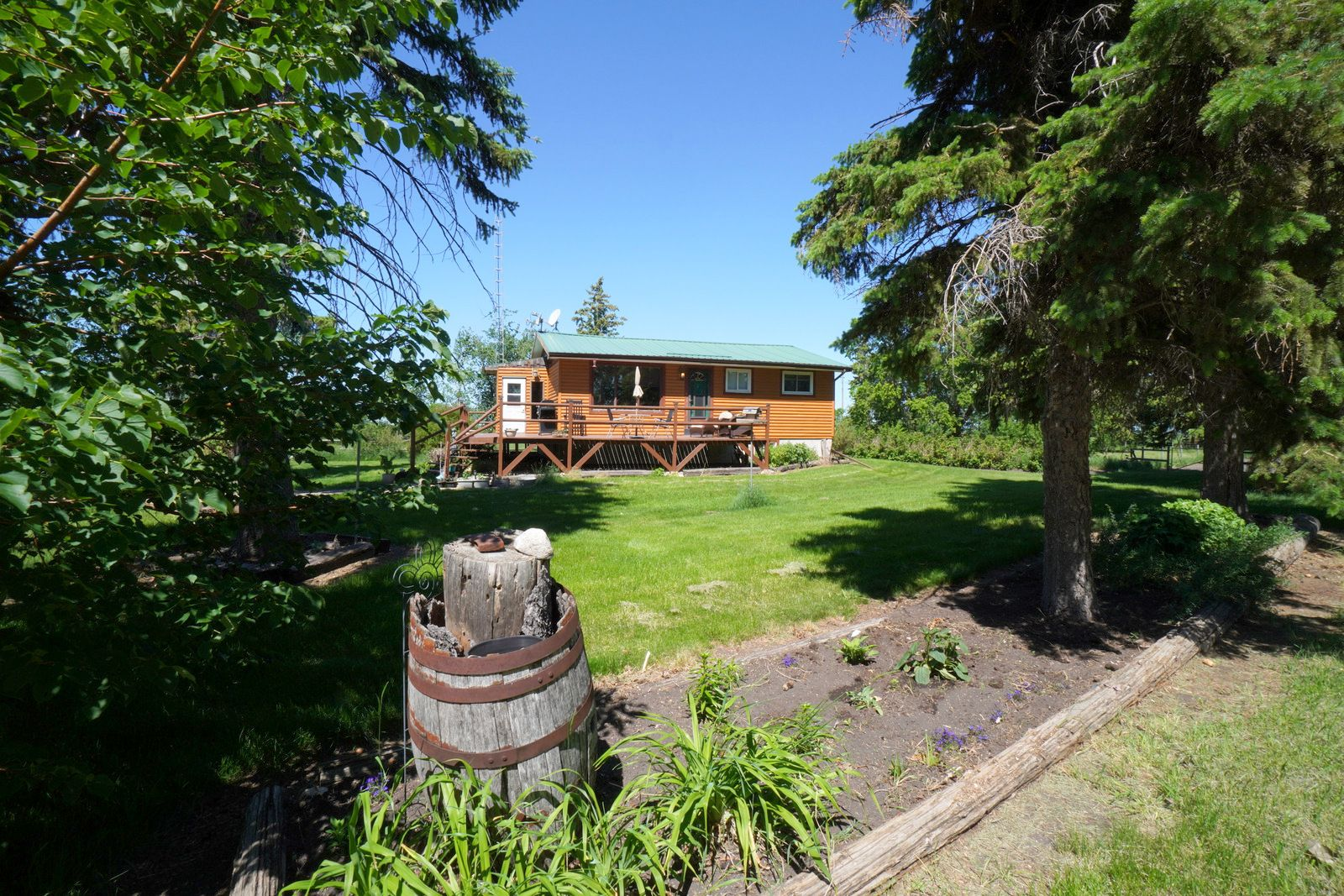 Main Photo: 23040 PTH 26 Highway in Poplar Point: House for sale : MLS®# 202115204