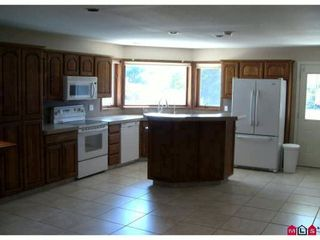 """Photo 4: 24660 53RD Avenue in Langley: Salmon River House for sale in """"Strawberry Hills"""" : MLS®# F2923240"""
