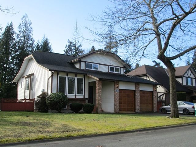 Main Photo: 14914 Southmere Pl in South Surrey: Home for sale : MLS®# f1403083