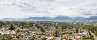 """Photo 1: 2005 6055 NELSON Avenue in Burnaby: Forest Glen BS Condo for sale in """"La Mirage II"""" (Burnaby South)  : MLS®# R2168192"""