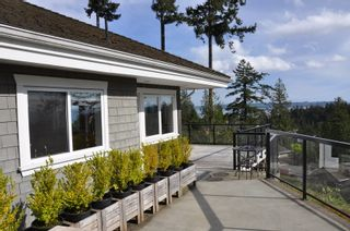 Photo 1: 4798 HEADLAND Place in West Vancouver: Caulfeild Home for sale ()  : MLS®# V824639