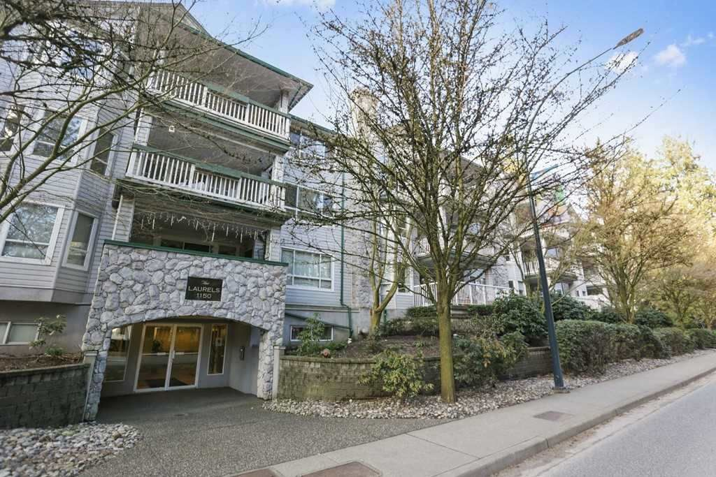 """Main Photo: 307 1150 LYNN VALLEY Road in North Vancouver: Lynn Valley Condo for sale in """"THE LAURELS"""" : MLS®# R2521961"""