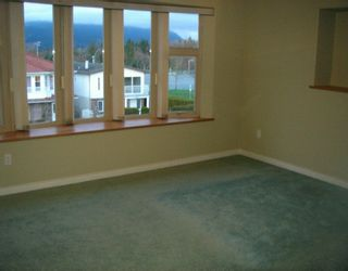 Photo 7: 4486 TRIUMPH ST in Burnaby: Vancouver Heights House for sale (Burnaby North)  : MLS®# V569867