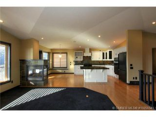 Photo 5: 624 Denali Drive in Kelowna: Residential Detached for sale : MLS®# 10056541