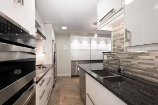 """Main Photo: 204 2335 YORK Avenue in Vancouver: Kitsilano Condo for sale in """"Yorkdale Ville"""" (Vancouver West)  : MLS®# R2619163"""