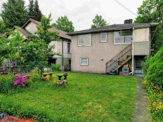 Photo 2: 1915 E 37TH Avenue in Vancouver: Victoria VE House for sale (Vancouver East)  : MLS®# R2581941