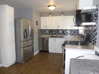Photo 7: 2010 7th Avenue North in Regina: Cityview Residential for sale : MLS®# SK857144