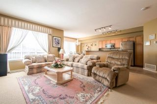 """Photo 3: 80 2200 PANORAMA Drive in Port Moody: Heritage Woods PM Townhouse for sale in """"QUEST"""" : MLS®# R2349518"""