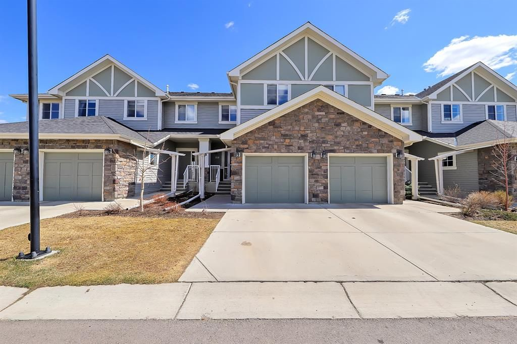 Main Photo: 114 351 Monteith Drive SE: High River Row/Townhouse for sale : MLS®# A1102495
