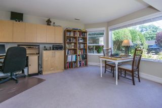 "Photo 3: 1155 PARKER Street: White Rock House for sale in ""East beach"" (South Surrey White Rock)  : MLS®# R2254412"