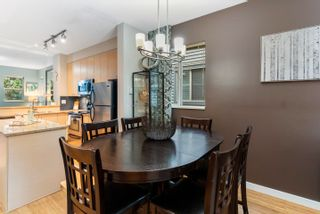 """Photo 7: 2 6033 168 Street in Surrey: Cloverdale BC Townhouse for sale in """"Chestnut"""" (Cloverdale)  : MLS®# R2617297"""