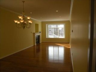 Photo 3: 432 12TH Street E in North Vancouver: Central Lonsdale Home for sale ()  : MLS®# V993895