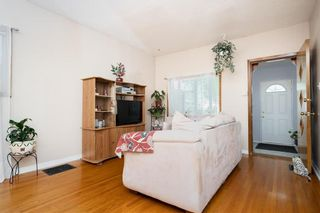 Photo 8: 759 Simcoe Street in Winnipeg: West End Residential for sale (5A)  : MLS®# 202122659
