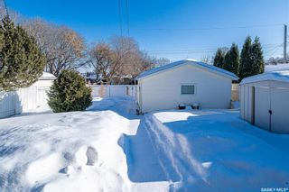 Photo 30: 222 Witney Avenue South in Saskatoon: Meadowgreen Residential for sale : MLS®# SK840959