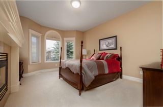 Photo 17: 356 SIGNATURE Court SW in Calgary: Signal Hill Semi Detached for sale : MLS®# C4220141