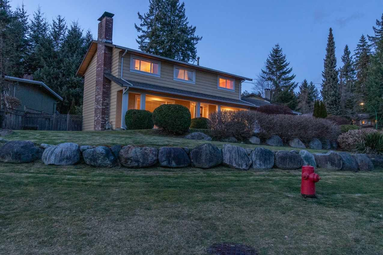 Photo 40: Photos: 2576 BELLOC Street in North Vancouver: Blueridge NV House for sale : MLS®# R2544929