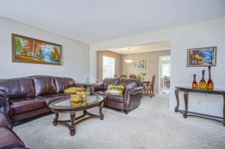 Photo 6: 15484 19 Avenue in Surrey: King George Corridor House for sale (South Surrey White Rock)  : MLS®# R2398510