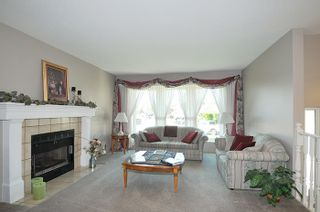 """Photo 8: 12217 CHESTNUT Crescent in Pitt Meadows: Mid Meadows House for sale in """"SOMERSET"""" : MLS®# R2073485"""