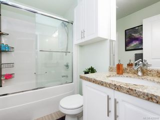Photo 13: 218 2710 Jacklin Rd in VICTORIA: La Langford Proper Condo for sale (Langford)  : MLS®# 833056