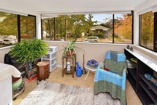 Photo 13: 401 3170 Irma St in Victoria: Vi Burnside Condo for sale : MLS®# 887922