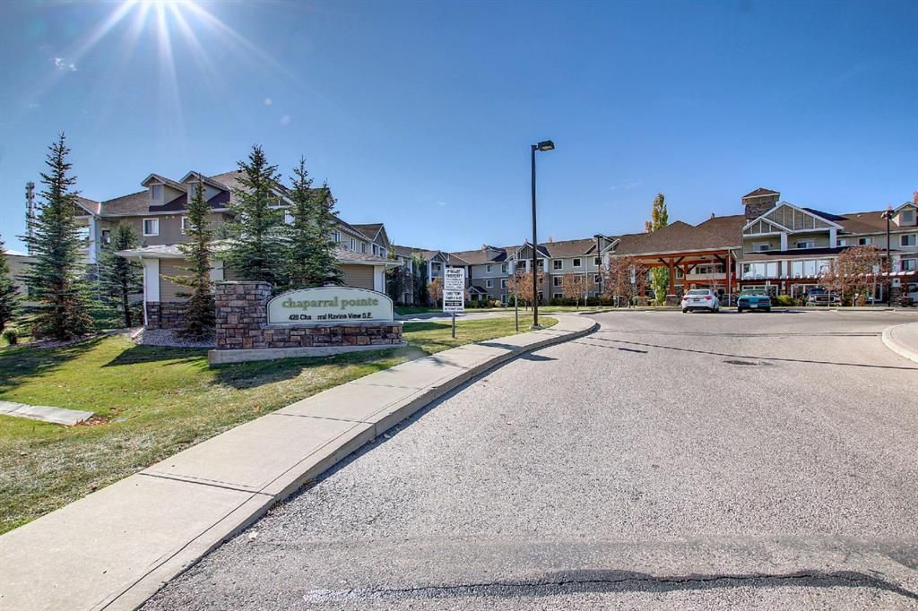 Main Photo: 344 428 Chaparral Ravine View SE in Calgary: Chaparral Apartment for sale : MLS®# A1152351