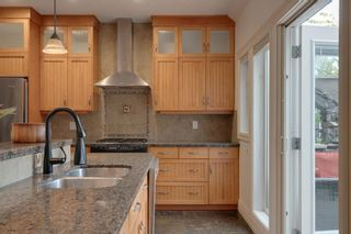 Photo 14: 2810 18 Street NW in Calgary: Capitol Hill Semi Detached for sale : MLS®# A1149727