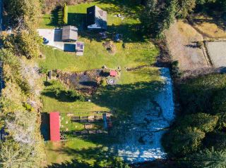 Photo 5: 1215 CHASTER Road in Gibsons: Gibsons & Area House for sale (Sunshine Coast)  : MLS®# R2541518