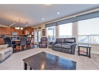 "Photo 10: 6593 186A Street in Surrey: Cloverdale BC House for sale in ""HILLCREST"" (Cloverdale)  : MLS®# F1432832"