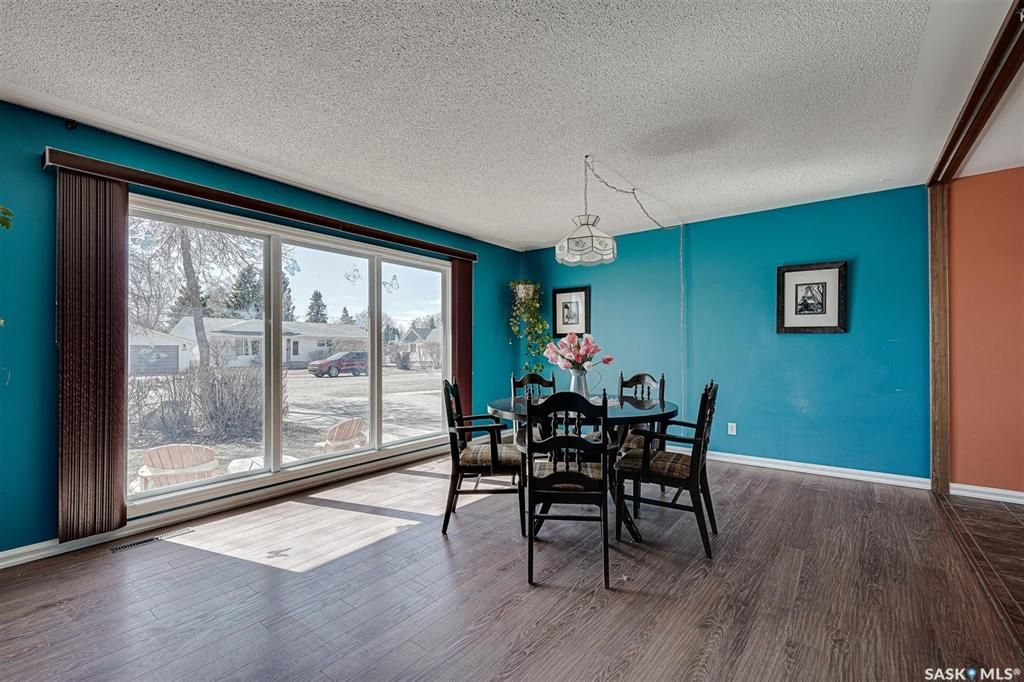 Photo 5: Photos: 105 2nd Street East in Langham: Residential for sale : MLS®# SK849707
