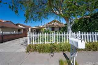 Photo 2: House for sale : 2 bedrooms : 6945 Thelma Avenue in Buena Park
