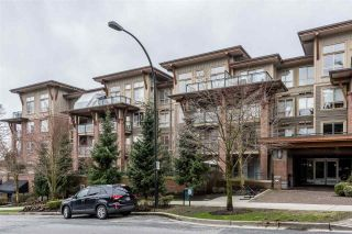 "Photo 1: 114 1633 MACKAY Avenue in North Vancouver: Pemberton Heights Condo for sale in ""Touchstone"" : MLS®# R2147673"